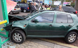 Female drivers more likely to hit parked cars according to new study