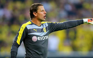 Veteran Weidenfeller extends Dortmund stay