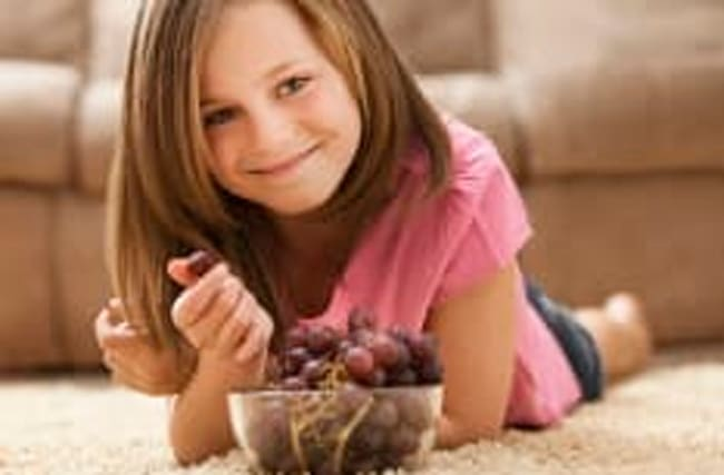 What happened when girl was told she could eat half of her grapes