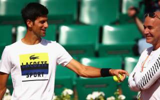 Agassi willing to coach Djokovic at Wimbledon