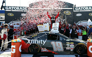 Edwards nudges team-mate Busch aside win Toyota Owners 400