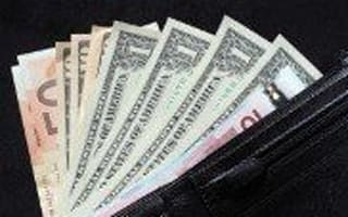 Top tips to stretch your travel money