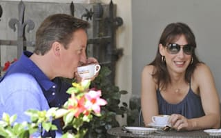 David Cameron kicks off two-week holiday in Tuscany