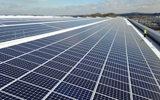 Jaguar installs UK's largest rooftop solar panel