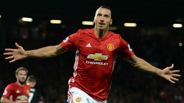 Rashford rescues Man United with late winner