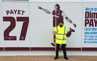 Payet sign guarded after West Ham star demands exit