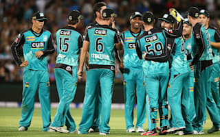 Heat stay cool to sink Strikers after Dunk slams 85