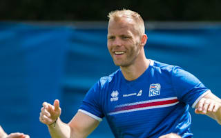 Gudjohnsen offers his services to Chapecoense