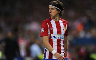 Filipe Luis suffers hamstring spasm