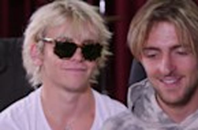 R5 Talk 'New Addictions' EP, Tour & Song Inspirations