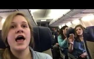 Choir entertains plane with two songs during flight delay
