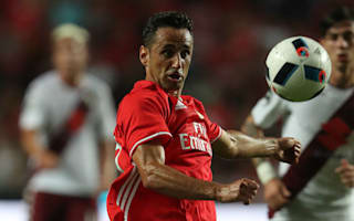 Jonas extends Benfica deal to 2019