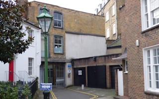 Single-car garage in Chelsea sells for £360,000 at auction