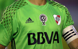 River Plate play in green as tribute to Chapecoense