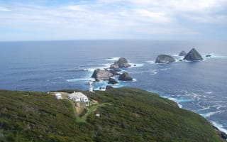 Fancy living on a Tasmanian island for free for six months?