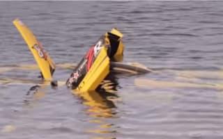 Video: Driver restores Ferrari Enzo he crashed into the sea