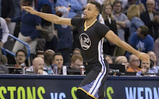 Bogut: Curry is doing things we've never seen before