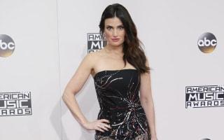 Stars at the American Music Awards defend Hamilton cast