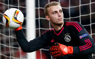 Ajax held by PAOK after Cillessen howler