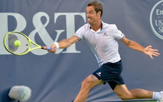 Gasquet battles past Evans, Vesely through