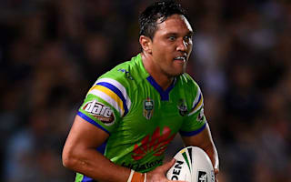Rapana re-signs with Raiders