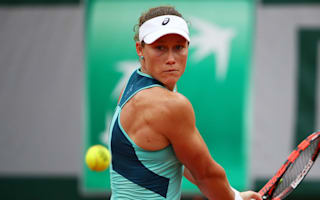 Stosur and Muguruza into French Open semis