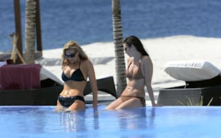 Pictures: Catherine Tyldesley enjoys fun girls' holiday in St Vincent