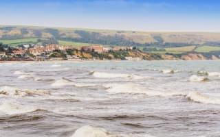Man rescued after speedboat plunge in Dorset