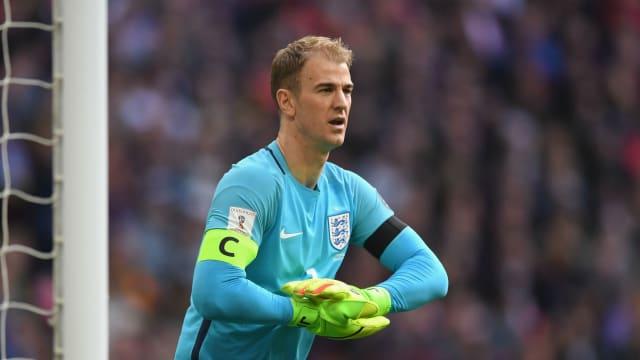 Jermain Defoe's experience can help England, says Adam Lallana