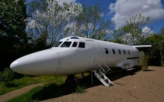 Private jet from 1970s listed on Airbnb