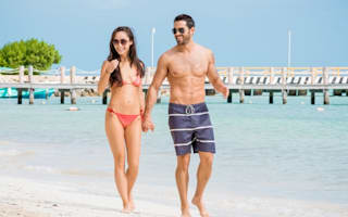Jesse Metcalfe and Cara Santana show off beach bodies in Mexico