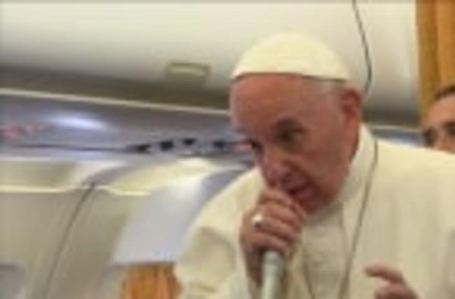 Pope urges mediation to end N.Korea crisis