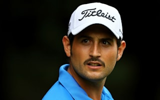 Levy surges into Monza lead before bad light halts play