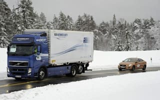 Volvo demonstrates SARTRE auto drive system