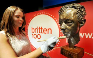 Coin tribute to Benjamin Britten