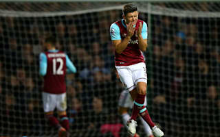 Cresswell out for up to four months with knee injury