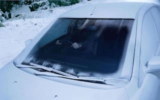 Motorists who leave car on to defrost are breaking the law