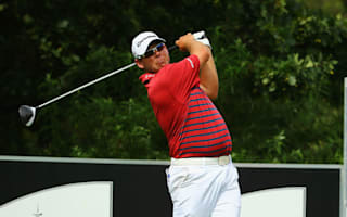 Walters edges ahead in Johannesburg