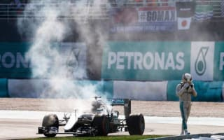 Lewis Hamilton sparks conspiracy theory rumours after commenting on engine blow-up