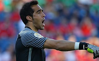 Pizzi defends Bravo after Copa errors