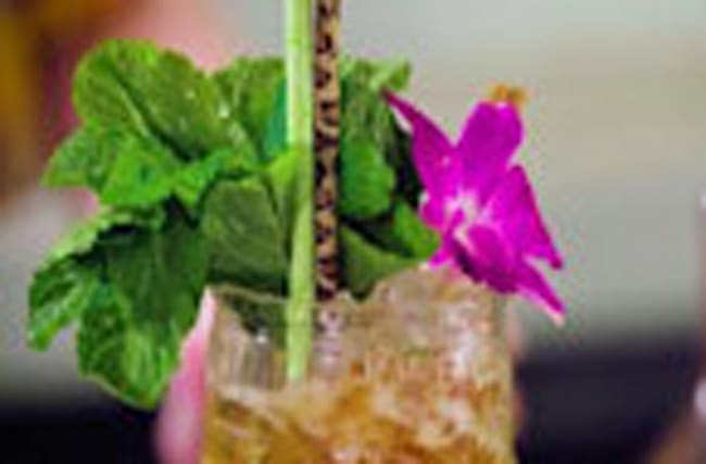 Tiki Peat | Level Up Cocktails | ELLE