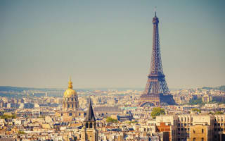 France lures London bankers with extra expat tax break