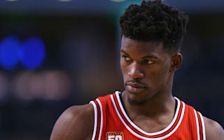 Bulls' Butler to miss four weeks with knee strain