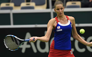 Czech Republic, Spain locked in Fed Cup battle