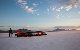 Guy Martin hits 274mph in tests for world land speed record