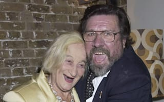 Ricky Tomlinson leads tributes to 'absolutely lovely' Royle Family star Liz Smith