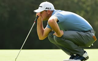 Saunders leads as Johnson lurks at Riviera Country Club