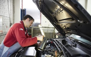 Two thirds of drivers unaware their engine oil needs to be changed