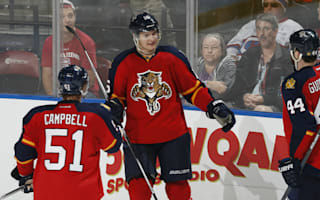 Panthers extend streak to 11, Flyers get up