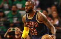 LeBron passes Jordan as all-time NBA playoff scoring leader